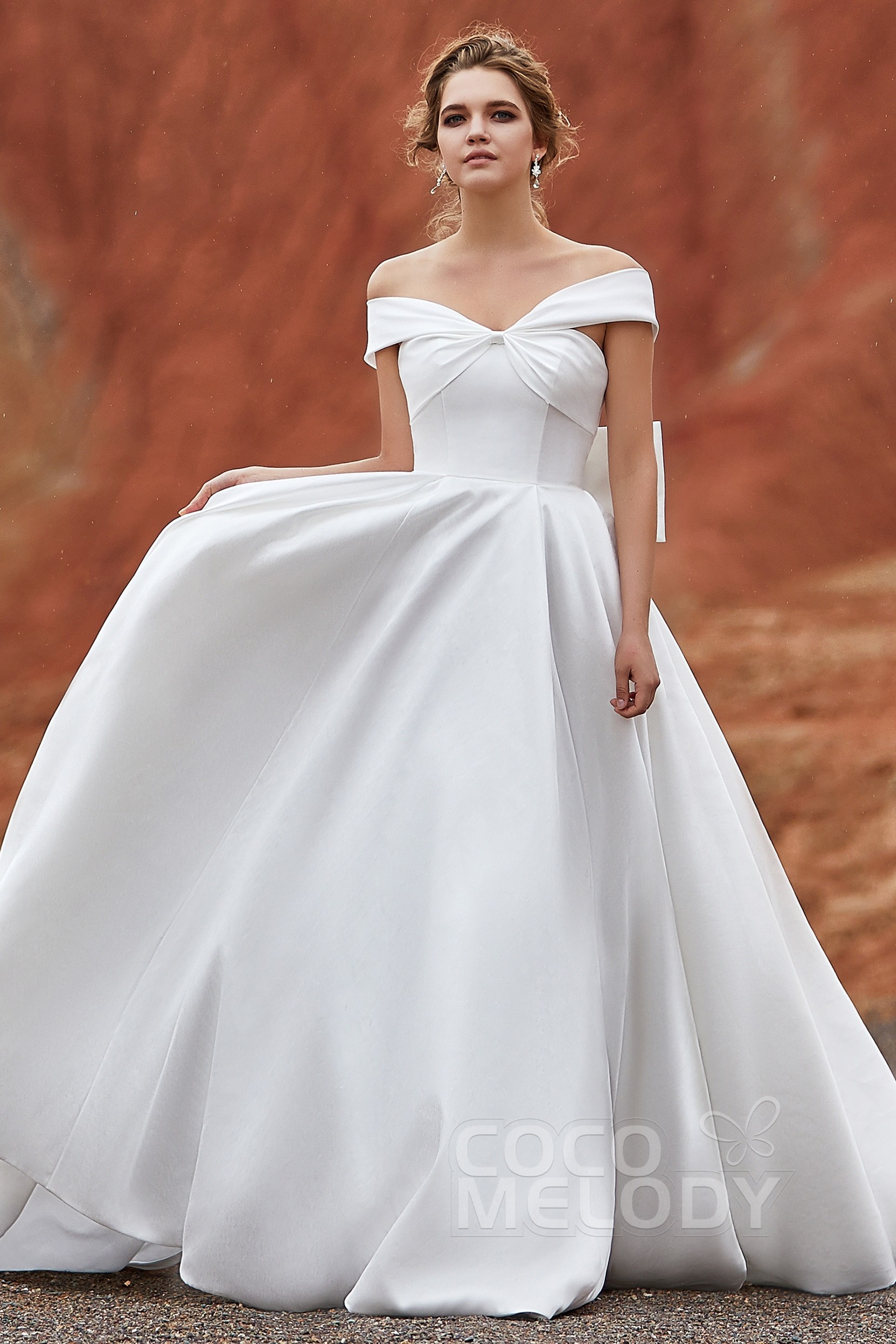 1ef769a24e A-Line Court Train Silk satin Wedding Dress LD5801