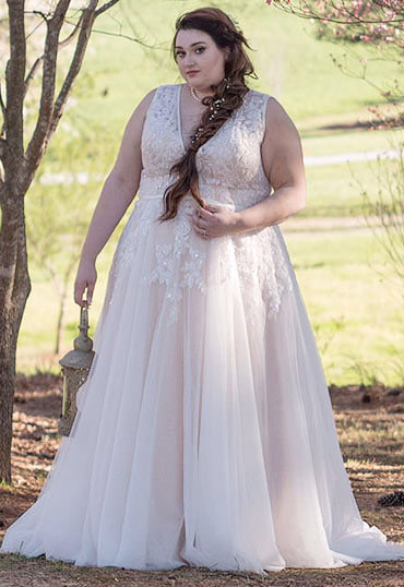 Cocomelody: Plus Size Wedding Dresses - Affordable and Custom!